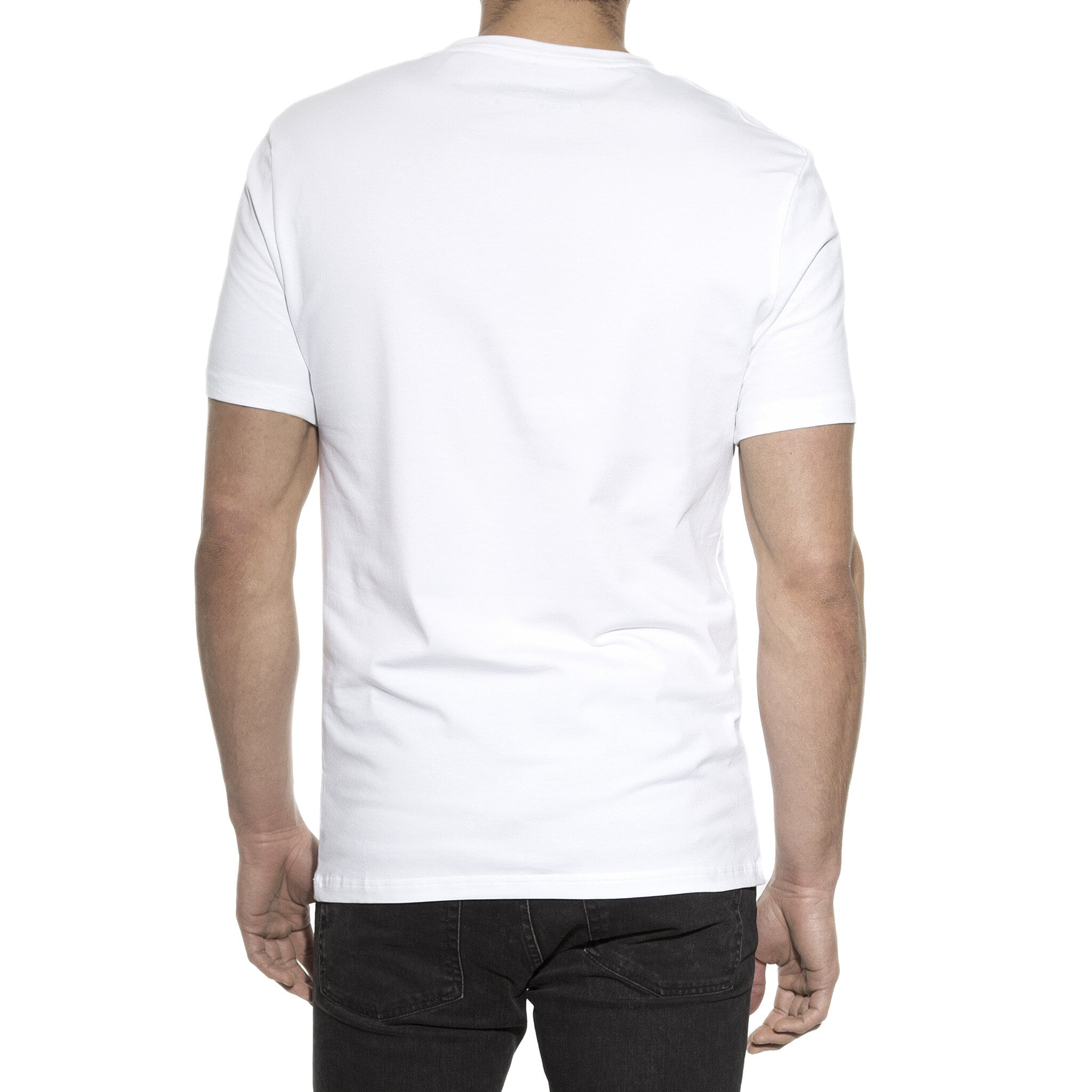 102201_Man_V-Neck_white_3